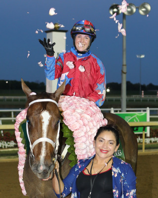 Doyle Makes History in Grade III Indiana Oaks
